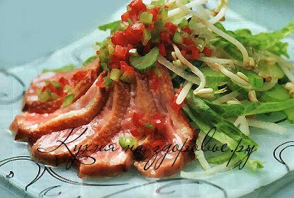 Салат с уткой, вялеными томатами и апельсинами, пошаговый рецепт с фото