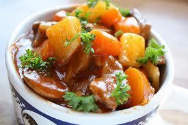Фото: горячее блюдо на день рождения - говядина тушеная с овощами