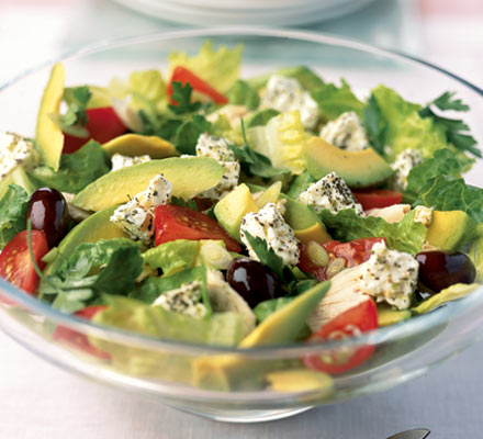 Фото: рецепт салата с авокадо и сыром по-гречески