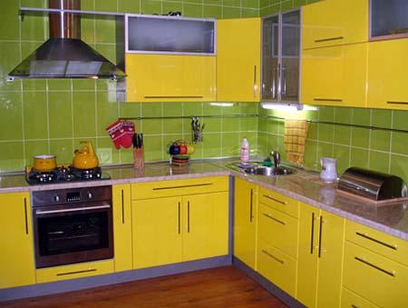 Кухня в желтом