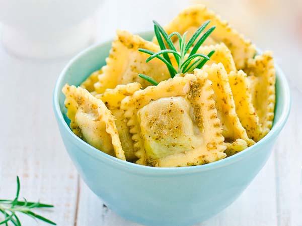 Равиоли с сыром.