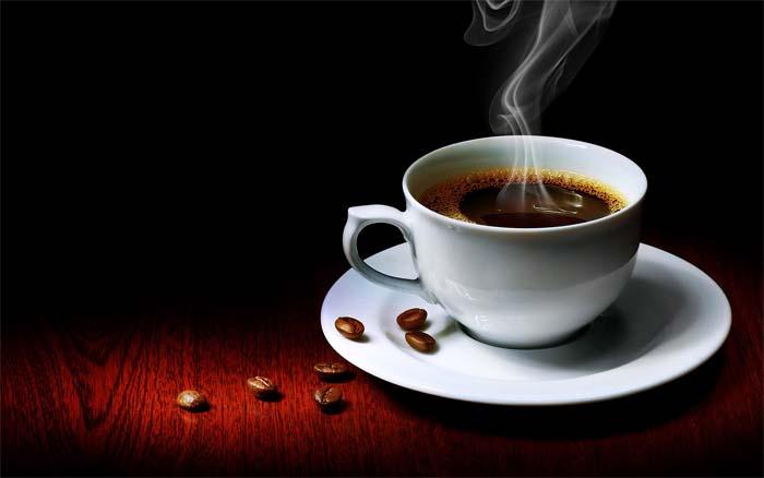 Чашка ароматного кофе.