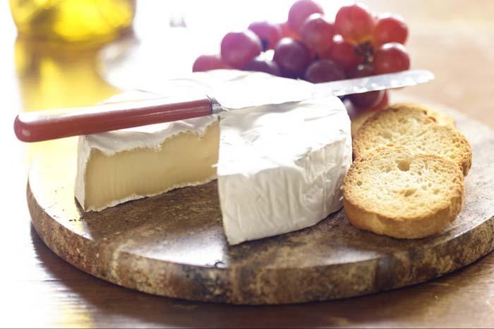 Сыр бри.