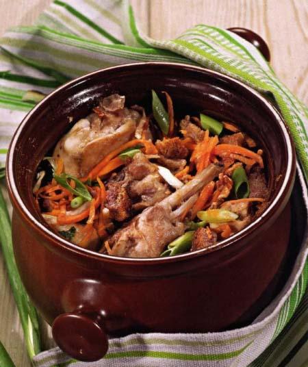 диетический вариант мяса запеченного в горшочках