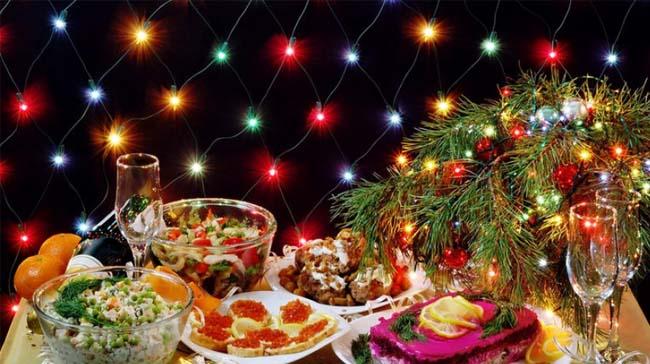 Вкусный новогодний стол 2019