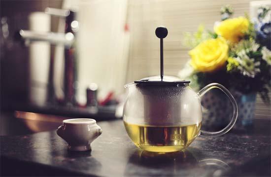 Завариваем зеленый чай.